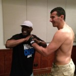 UFC FN33 Glove check