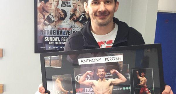 UFC_Retirement_Gift_Anthony_Perosh_May_2016