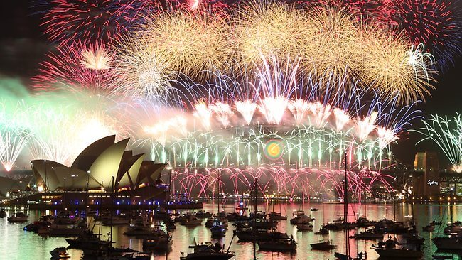 sydney-new-years-eve-fireworks-1