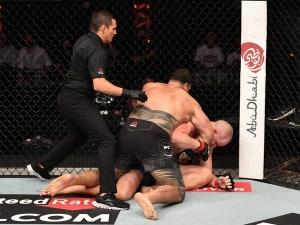 UFC 254 2